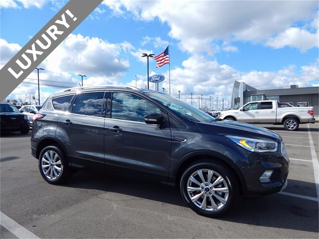 Beautiful 2018 ford Escape Titanium